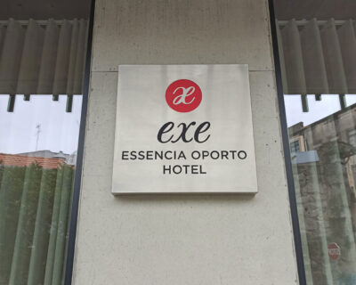 Exe Hotel Oporto – Lettering