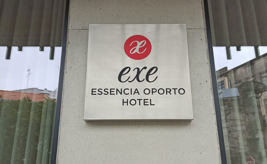 Hotel Exe Porto – Lettrage